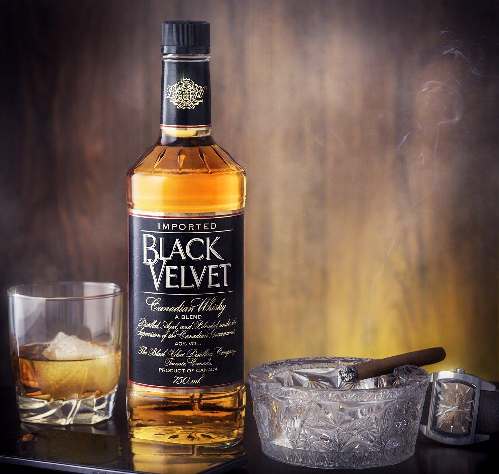 Black-velvet-Web.jpg